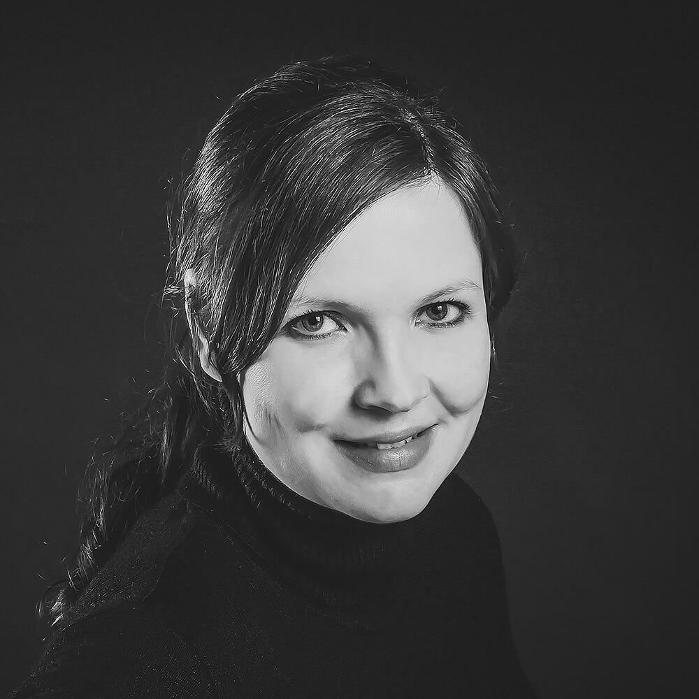 Franziska Werner, Senior Graphic Designer, fw@coupling-media.de