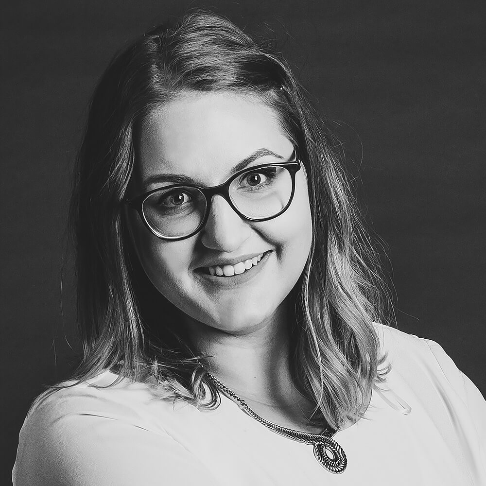 Janina Hartschwager, Manager Online Marketing, jh@coupling-media.de